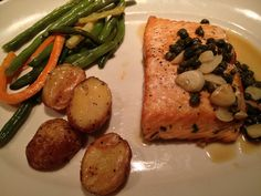 Grilled Salmon Special with potatoes and vegetables. #fornobistro #healthy #dinner