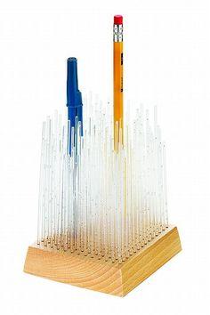 剣山風のおしゃれで上品なペン立て ペンスタンド Umbra - インテリアパンチ
