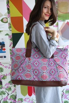 Amy Butler's Abina Tote, part of the Hapi Sunrise collection from Kalencom.