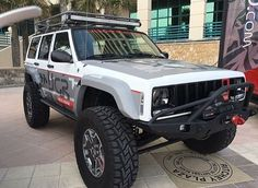 DM your photos to be featured  10k 20k 50k  #Jeep #XJ #JK #CJ #MJ #offroad #lostoffroad #america #usajeepers #usa_jeepers by usa_jeepers