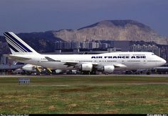 No red color by the tail. Air France, Emirates Airbus, Airbus A380, Boeing 747 400, Boeing Aircraft, Air Inter, Jet Privé, Airline Logo, Aircraft Photos