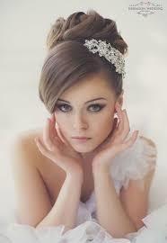 「結婚式 髪型 花...」の画像検索結果