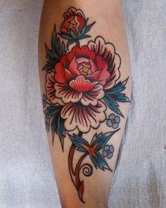 Flower leg by - GoPins! Time Tattoos, Sleeve Tattoos, Body Art Tattoos, Hand Tattoos, Small Tattoos, Tatoos, Floral Thigh Tattoos, Flower Tattoos, Traditional Thigh Tattoo
