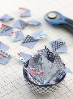 Mini half square triangles with Liberty scraps Baby Lock Sewing Machine, Liberty Of London Fabric, Summer Quilts, How To Make Toys, Kids On The Block, Half Square Triangles, Sewing Table, Straight Stitch, Chain Stitch