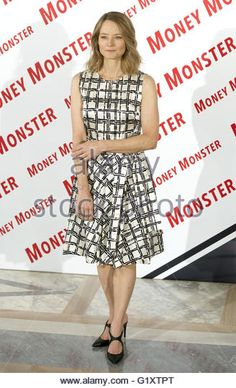 madrid-spain-18th-may-2016-jodie-foster-attends-the-money-monster-g1xtpt.jpg (328×540)
