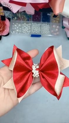 Diy Crafts - craftsforkids,craftsforteenstomake-DIY RIBBON IDEAS🎀 - Crafts & DIY Beautiful ribbons you can create on your own💗 Deutsch Beauties in Diy Crafts Hacks, Diy Home Crafts, Diy Arts And Crafts, Creative Crafts, Diy Projects, Ribbon Projects, Ribbon Art, Ribbon Crafts, Tying Bows With Ribbon