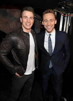 Tom Hiddleston and Chris Evans at the MTV Movie Awards  my ovaries just exploded !!!