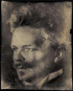 August Strindberg, Self-Portrait, Stockholm, ca 1906  [+]  [Självporträtt med Wunderkamera]
