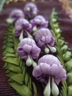 Wonderful Ribbon Embroidery Flowers by Hand Ideas. Enchanting Ribbon Embroidery Flowers by Hand Ideas. Embroidery Designs, Ribbon Embroidery Tutorial, Silk Ribbon Embroidery, Crewel Embroidery, Embroidery Patterns, Flower Embroidery, Embroidery Thread, Handkerchief Embroidery, Machine Embroidery