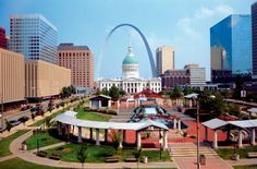 101 Things Every St. Louisan Should Do.  I have some adventures to make!