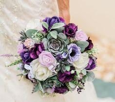 Planning A Fantastic Flower Wedding Bouquet – Bridezilla Flowers Lilac Bouquet, Purple Wedding Bouquets, Succulent Bouquet, Prom Flowers, Fall Bouquets, Wedding Flower Arrangements, Flower Bouquet Wedding, Flower Bouquets, Bridal Bouquets