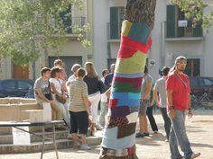 Trabajo de decoración urbana para la celebración del Día Mundial de la Salud Mental