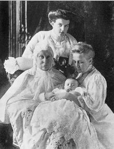 Maria and Lennart with Queen Olga of Greece and Alexandra Iosifovna