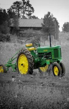 JOHN DEERE 50. I drove one of these in the mid-60's It had a hand clutch, and square point gears.