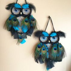 Custom Peacock Owl Dreamcatcher by SunChildDreams on Etsy Diy Crafts Dreamcatcher, Crochet Dreamcatcher, Feather Crafts, Dreamcatchers, Macrame Art, Dream Catcher Patterns, Owl Dream Catcher, Dream Catcher Decor, Feather Wreath