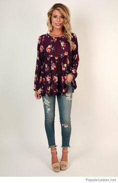 9a5982221b2 Jeans and a floral blouse. Floral Print ...