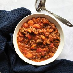 Beef Stew with Sweet Potatoes, a hearty and comforting dish for those fussy eaters. Healthy, nutritious and so delicious. Beef Stew Stove Top, Oven Beef Stew, Vegan Stew, Stewed Potatoes, Fussy Eaters, Fun Cooking, Other Recipes, Meal Ideas, Sweet Potato