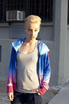 vêtements Bench pour femmes / Bench clothing for women Bench Clothing, Nyc, New York, Sporty Style, Style Me, Active Wear, Spring Summer, Street Style, Workout