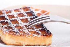 Heerlijke wafels met speltmeel en zonder suiker. Veel gezonder dan de gewone wafels, dus zonder schuldgevoel genieten! Hier vind je het recept.