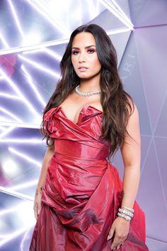 Beautiful Demi in a Beautiful Dress Demi Love, Demi Lovato Pictures, Fine Girls, Famous Singers, Selena Gomez, Role Models, Beauty Women, Celebs, Actresses