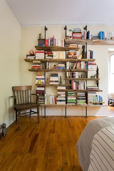 10 Tousled Bookcases that Prove You Don't Have to Over-Style Everything