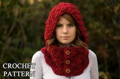 CROCHET PATTERN Hooded Cowl Button Neck Warmer di WellRavelled, $4.00