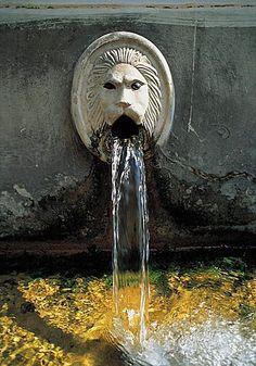 Creta, Fountain, Greece