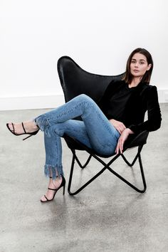 4 Ways To Wear Frayed Denim Jeans