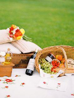 #picnic  Photography: Alexander James - alexanderjamesphotography.co.uk Styling: Lavender