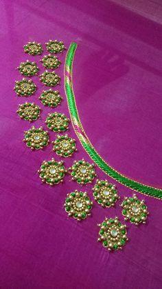 Hand Work Blouse Design, Simple Blouse Designs, Designer Blouse Patterns, Fancy Blouse Designs, Aari Embroidery, Embroidery Flowers Pattern, Embroidery Works, Flower Patterns, Latest Embroidery Designs