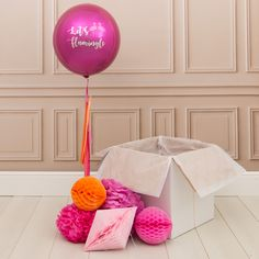 Please note that the box is for transport only and not designed to be a gift box. The balloon arrives inflated and if looked after will last for up to 5 days with the record being 4 weeks! Bubblegum Balloons also provide Bubblegum Balloons, Bubblegum Pink, Party Pops, Party Party, Personalized Balloons, Pastel Decor, Childrens Party, Unicorn Party, Bubble Gum