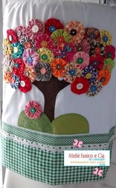 Diy Arts And Crafts Hobbies And Crafts Diy Crafts Wool Applique Applique Patterns Fabric Flowers Diy Flowers Crochet Flowers Craft Sale Wool Applique, Applique Patterns, Applique Designs, Quilt Patterns, Patchwork Designs, Fabric Crafts, Sewing Crafts, Sewing Projects, Embroidery Stitches