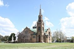 Dutch Reformed Church Kroonstad Mosques, Cathedrals, Barcelona Cathedral, South Africa, Dutch, Building, Travel, Africa, Viajes
