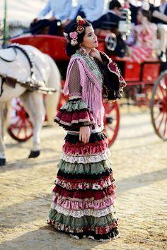 Elena Rivera con vestido de Raquel Terán. Fernando Mañas