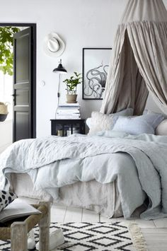 8 Clever Cool Tips: Reading Canopy Pottery Barn hotel canopy design. Modern Canopy Bed, Canopy Bedroom, Patio Canopy, Diy Canopy, Dream Bedroom, Home Bedroom, Bedroom Decor, Beach Canopy, Ikea Canopy