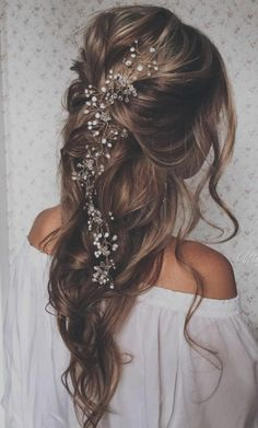 Take a look at the best wedding hairstyles half up half down in the photos below and get ideas for your wedding! Braided updo / half up half down /romantic / loose curls / blonde hair updo / bridal hair… Continue Reading → Wedding Hair Brunette, Beach Wedding Hair, Wedding Hair Down, Wedding Beauty, Summer Wedding, Wedding Hair Curls, Simple Wedding Hair, Messy Bridal Hair, Bride Hair Down