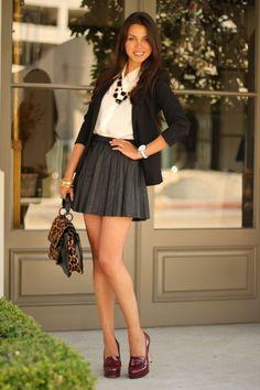 Perfect look. Love the mini skirt. Mode Outfits, Skirt Outfits, Sexy Outfits, Sexy Dresses, Short Dresses, Fashion Outfits, Womens Fashion, Gothic Fashion, Mini Skirt Dress