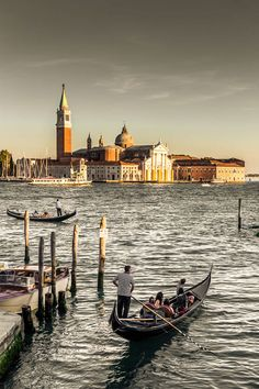 Eine Nacht in Venedig – Jozef Kneht – Join in the world Wonderful Places, Great Places, Places To See, Beautiful Places, Italy Landscape, Urban Landscape, Italy Vacation, Italy Travel, Rome Florence