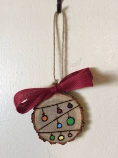Wood Slice Ornament, String of Lights, Wood Burning, Hand Painted Ornament, Holiday Gift Tag - Wood slice crafts - Wooden Ornaments, Hand Painted Ornaments, Diy Christmas Ornaments, Holiday Crafts, Christmas Decorations, Wood Slice Crafts, Wood Burning Crafts, Wood Crafts, Christmas Wood