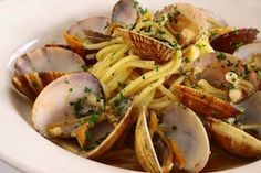 Light and savory Spaghetti alle Vongole