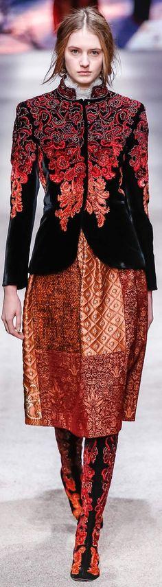 Alberta Ferretti, fall 2015 Ready-to-Wear