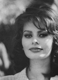 Sophia Loren. Photo by Sam Shaw, 1963.
