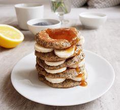 Cytrynowe placuszki z makiem na szybkie śniadanie Vegetarian Recipes, Gluten Free, Breakfast, Fitness, Food, Glutenfree, Morning Coffee, Essen, Sin Gluten