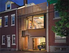 sTUDIO d' aRC _ LIVE/WORK STUDIO _ Pittsburgh, Pennsylvania _ All built from local, inexpensive materials, mostly with the architects own hands Facade Design, Deck Design, Architecture Details, Interior Architecture, Narrow House, Studio Living, Built Environment, Small Space Living, Green Building