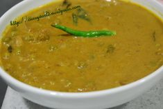 Posts about indian vegetarian recipes written by veeenajan Easy Veg Recipes, Indian Food Recipes, Vegetarian Recipes, Ethnic Recipes, Green Peas, Curry Leaves, Home Chef, Asian Cooking, Garam Masala