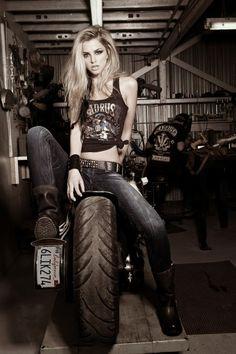biker love <3