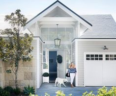 A modern Hamptons makeover and an emphasis on indoor-outdoor living perfectly complements this bayside Sydney property and its view. At the entrance, a new gable roof, classic-looking weatherboards and stone cladding give the impression of a grand estate.