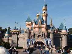 I love Disneyland. Went in 1968, 1973, 1975, 2009, 2011, 2015
