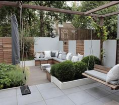 Small Backyard Gardens, Small Backyard Design, Modern Backyard, Backyard Garden Design, Small Backyard Landscaping, Backyard Patio, Outdoor Gardens, Modern Courtyard, Modern Gardens