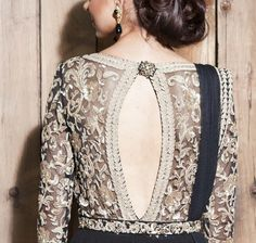 31 Trendy Cut Out Blouse Back Neck Designs for Sarees Blouse Back Neck Designs, Saree Blouse Designs, Blouse Patterns, Sari Blouse, Indian Attire, Indian Ethnic Wear, Indian Dresses, Indian Outfits, Lace Saree
